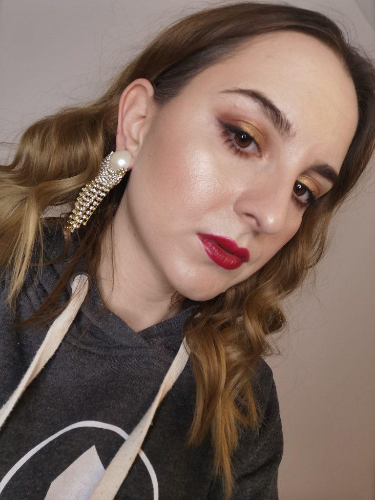 bozicni-makeup-full-face-notino