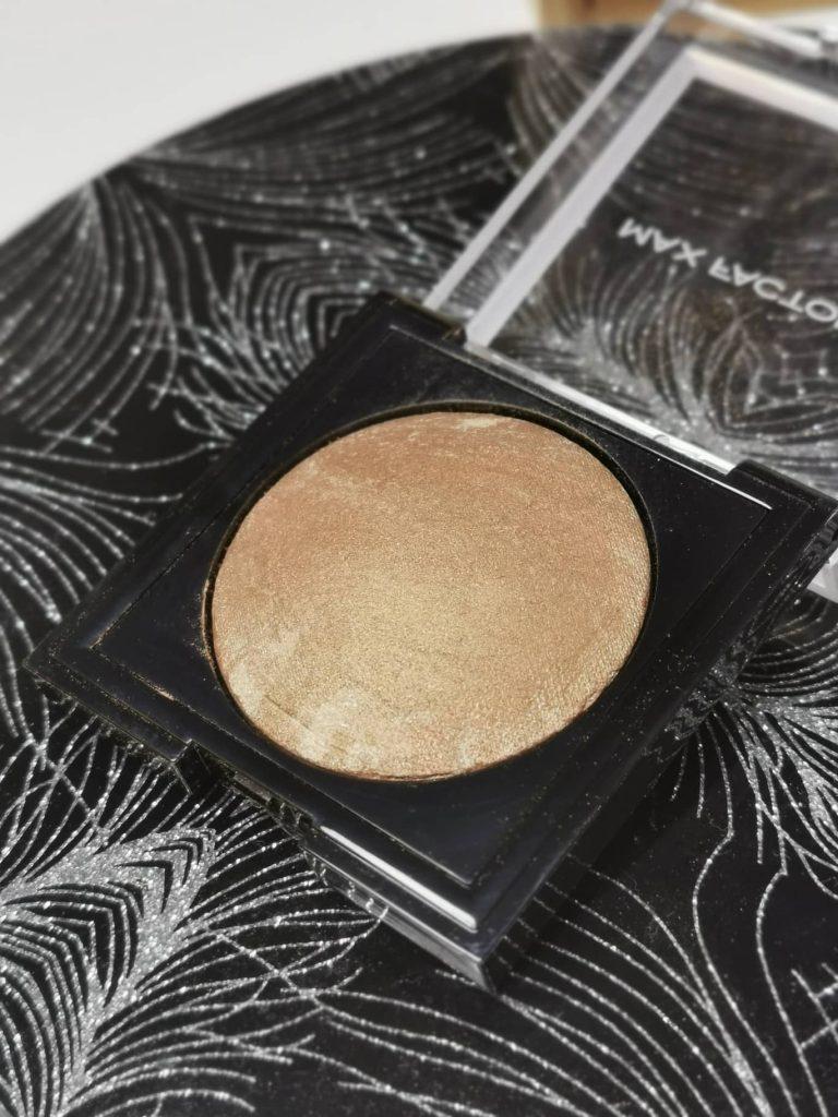 max-factor-bronzer-tekstura-notino