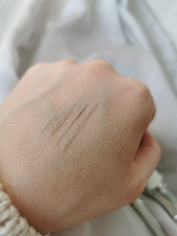 benefit-olovka-za-obrve-potezi-notinohr